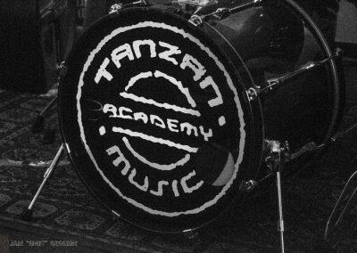 Cassa della batteria con logo tanzan