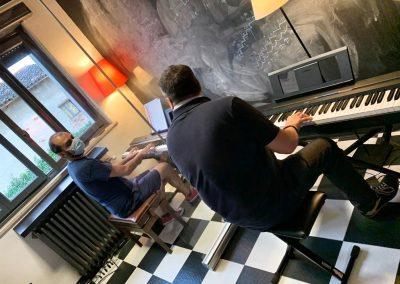 Lezioni di pianoforte e tastiera Tanzan Music